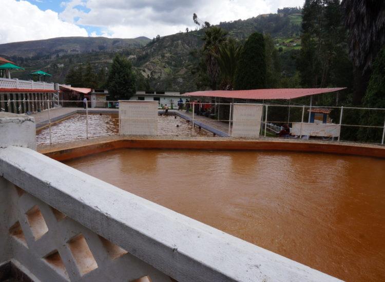 Bains Monterrey - Huaraz - Pérou