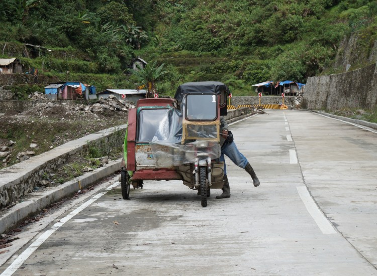 Trycicle pour rejoindre jonction Batad - Philippines