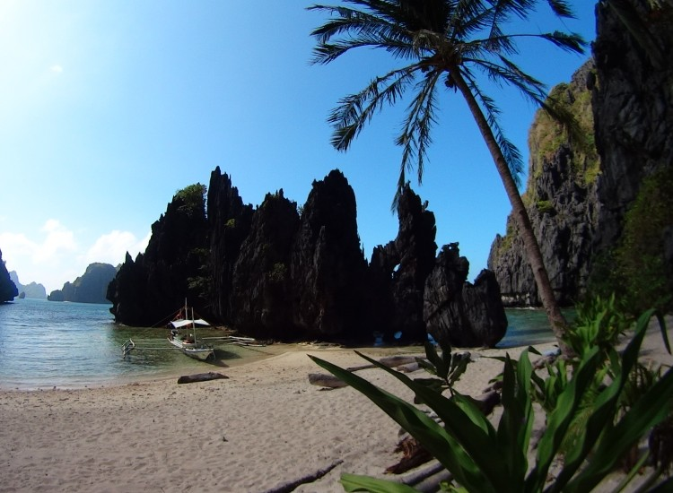 Beach secret lagoon - Palawan - Philippines