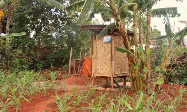 Toilettes - Trek Pays Shan - Birmanie