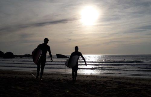Faites du surf à Biarritz
