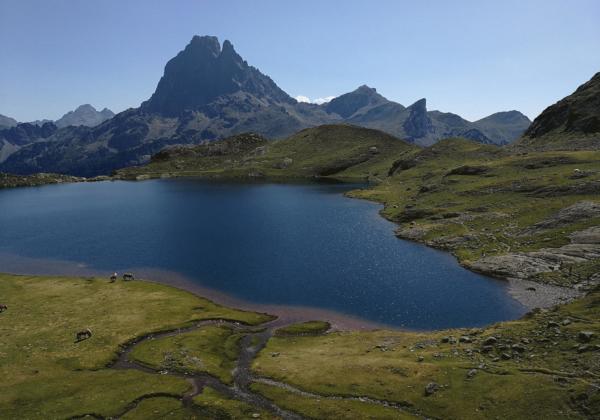 lac Gentau pendant la randonnée des lacs d'ayous dans les Pyrénées