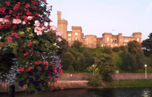 Inverness : photo avec un château en pierre