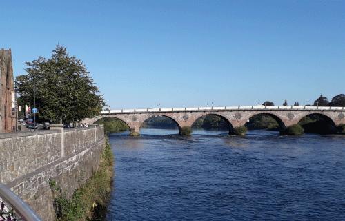 Perth_Ecosse : pont au-dessus de la rivière